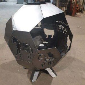 https://echucaengineering.com.au/wp-content/uploads/2021/07/Hexagon-Sphere5-300x300.jpg